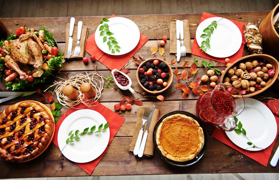 Tips for Fitting Everyone at the Table this Holiday Season