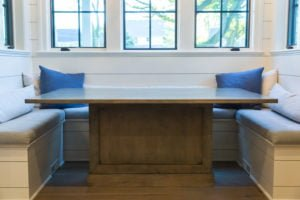 forest-ave-home-table-9-of-4